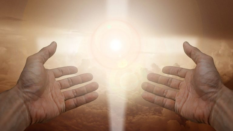 Gebed kruis licht
